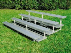 Low rise bleachers spectator seating